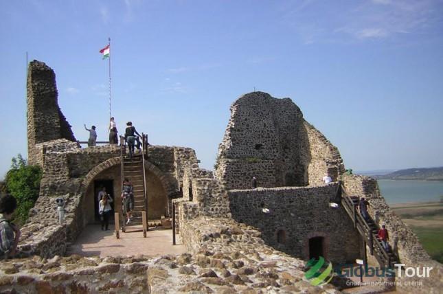Развалины крепости Сеглигет
