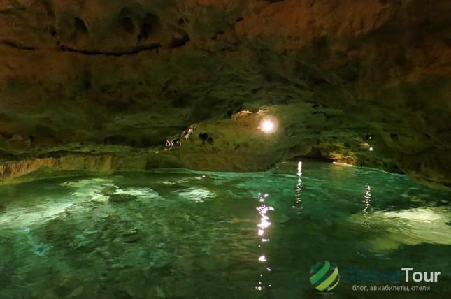 Подземное озеро Таваш