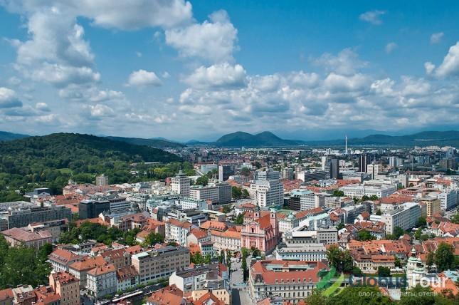 Вид на Любляну со смотровой площадки