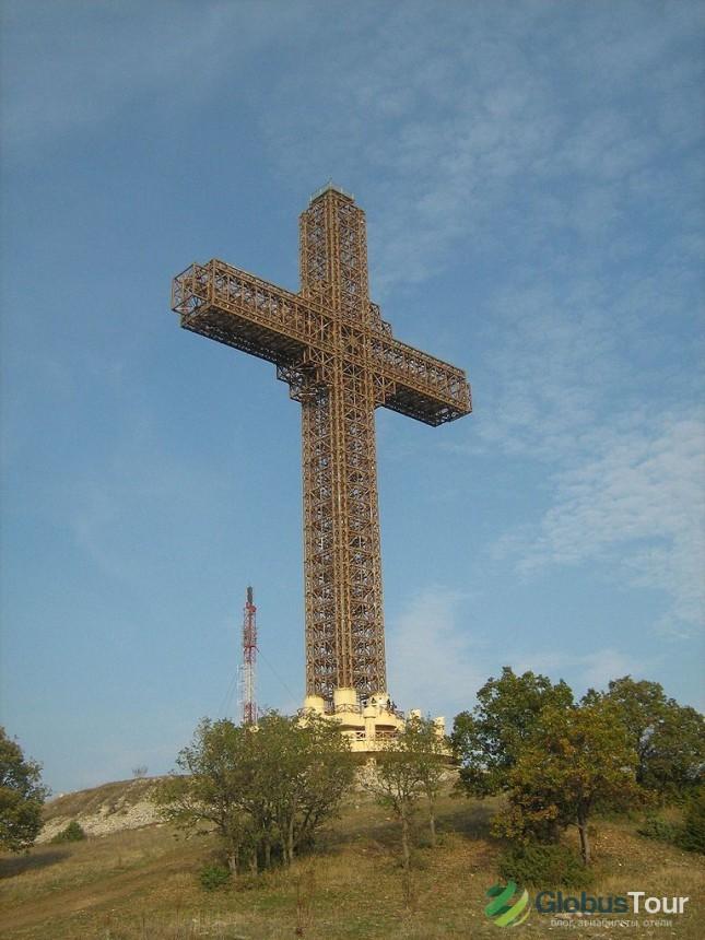 Миллениумовский крест