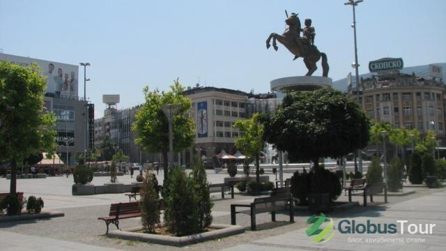 """Площади """"Македония"""" с Скопье"""