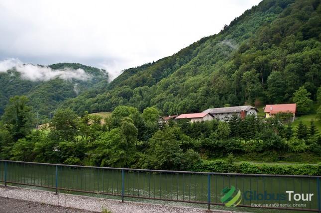 Вид из окна поезда Марибор - Любляна
