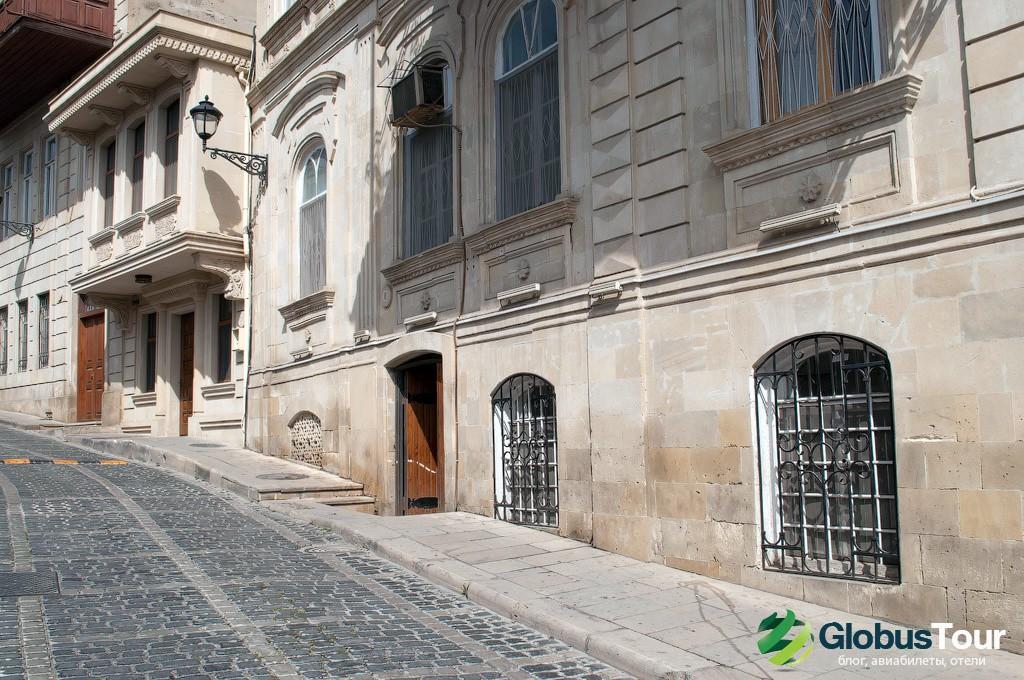 """Место, где в Баку снимали эпизод фильма """"Бриллиантовую руку""""."""